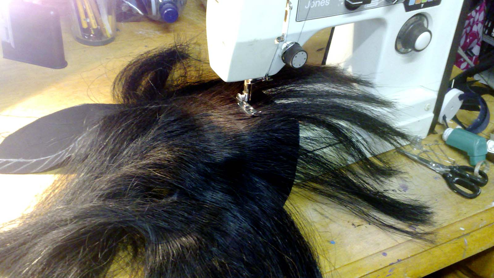 The First of my Mohicans – making a hood with a horse hair mohican